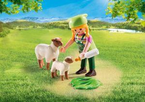 Farmářka s ovcemi 9356